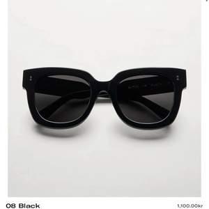 Chimi solglasögon i modellen 08 från deras Core Collection. I väldigt bra skick. Nypris 1100kr