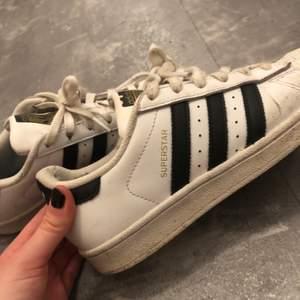 Adidas skor storlek 36