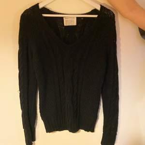 En svart grovstickad tröja från Marc O'Polo💓 Strl S, säljer då det inte är min stil💓