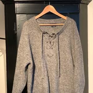 Stickad ull tröja från Zara i storlek M. Använd få gånger