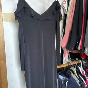 Svart klänning, som ny!