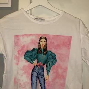 jättefin tshirt, säljer då den inte kommer till användning ☺️☺️