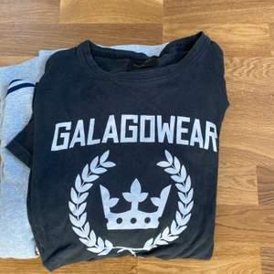 En fin T-Shirt att ha på sig o bra kvalitet ! Dock varför jag säljer denna e för den va för liten 😅