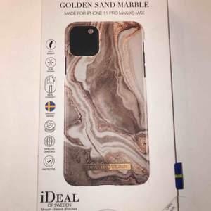Helt oanvänt skal för en iPhone 11 pro max/xs max från Ideal of Sweden, råkade köpa fel därav säljer jag det.  Nypris 299kr  Köparen står för frakt