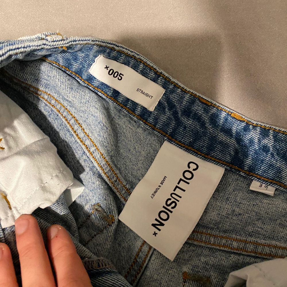 Jeans från Collusion (asos), w26. Köpta för 500kr  säljes för 150kr. Jeans & Byxor.