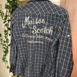Cool, vintage skjorta från Maison Scotch🦋👼🏼