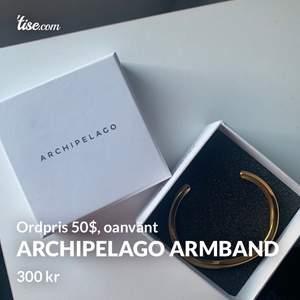 Helt nytt och oanvänt armband från Archipelago, säljes eftersom jag fick det i present men då jag är en silvertjejer har det aldrig kommit till användning. Ordinariepris är 50$, mitt pris 300 kr. Frakt tillkommer och betalning sker via swish💓 Skicka ett m