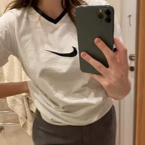 Tröja från Nike.🙌🏽🤎