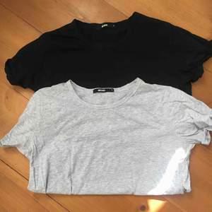 Två vanliga t-shirts från Bikbok, svart och grå. Båda för 150kr och frakt ingår.