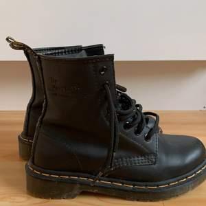 Ny skick, superfina skor nu till hösten!!