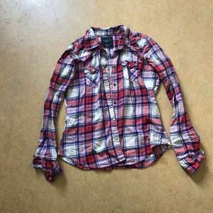 American eagle skjorta S, knappt använd