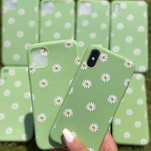 Green flower case  Vi har följande Iphoneskal i lager:  Iphone 11 PRO MAX, 11 PRO, 11, XS Max, XS, XR,7/8 plus, 7/8,   Pris: 119kr Fri frakt 📦