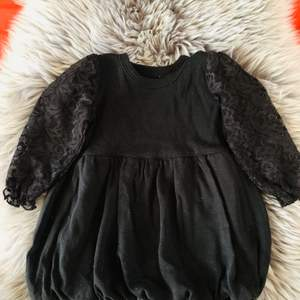 gothic baby dress 3/6 months shipping nationwide paid by buyer or pick up in Uppsala👶🏻🧛🏻♀️