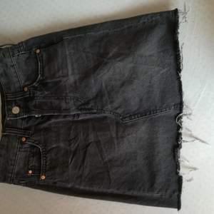 Svart jeans kjol från hm