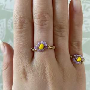 Handgjorda Blom ringar som jag kommer fortsätta att göra :) köparen står för frakt💕:)