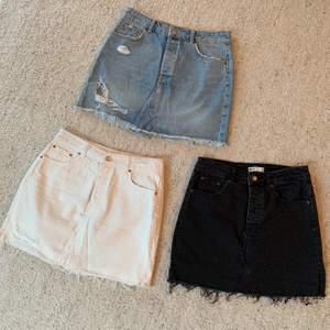 Säljer dessa 3 jeans kjolar. Nypris 399st, säljer för 150kr styck. Storlek 38. (Endast vit kvar)