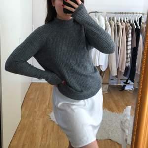 Superfin stickad tröja från only! Köparen står för frakt (+45kr)💕