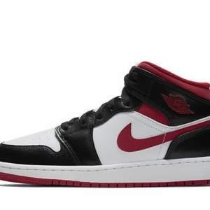 Jordan 1 Mid Gym Red 36-40 2000kr