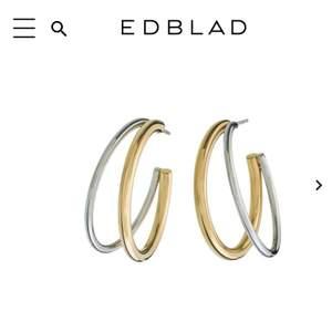 Säljer dessa as coola örhängen från edblad som jag fick i födelsedagspresent💗 Dom är i rostfritt stål och köptes för 300kr.