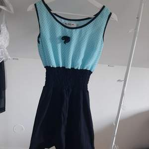 Söt vintageklänning. Köpt från shpock men inte använd då den inte satt som jag ville.