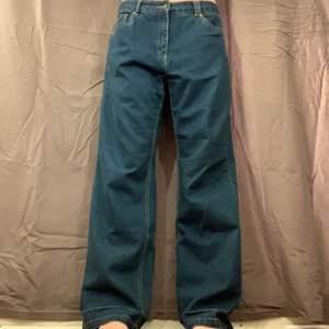 Blå jeans. Fint skick.