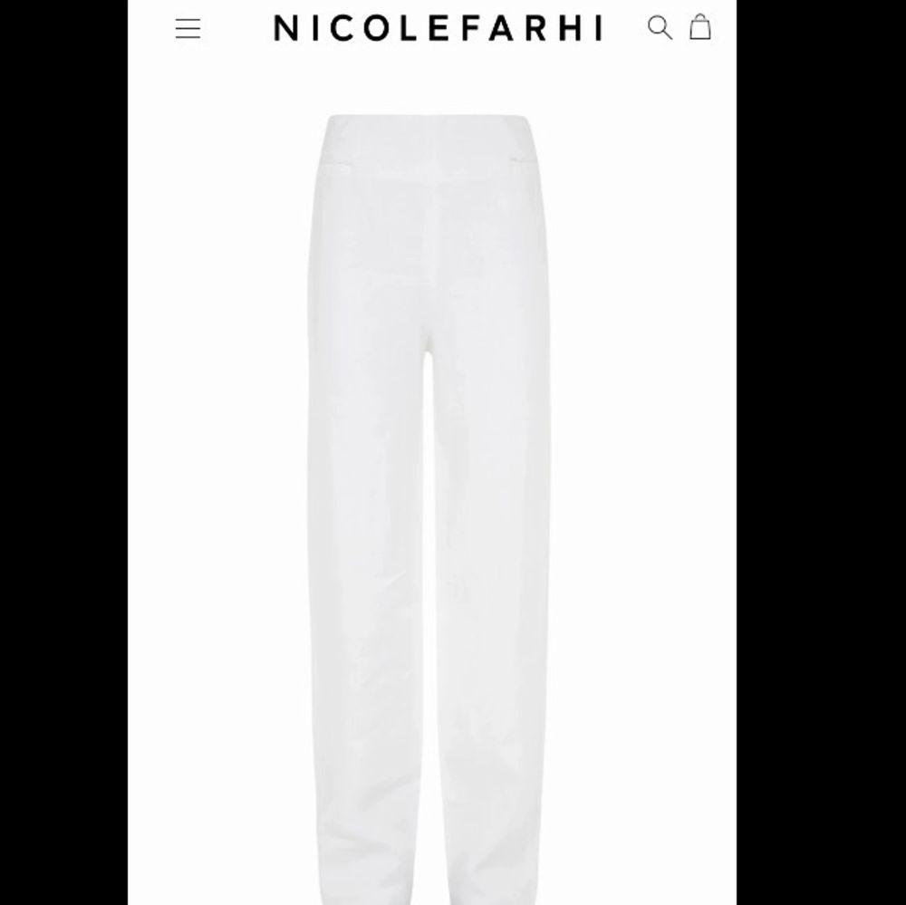 Säljer mina Nicolefarhi linne byxor. Nypris 3100kr. Fri frakt! . Jeans & Byxor.