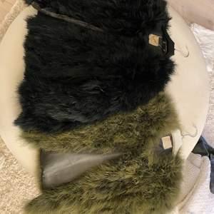 Två Pello Bello jackor! Köp båda för 900kr eller 500kr styck! Storlek S Använd fåtal gånger så dom är i otroligt bra skick! DM för mer info!💕