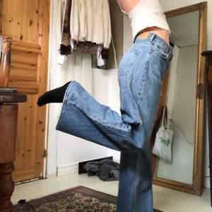 Snygga jeans från weekdayyy i modellen ace och färgen san fran blue !