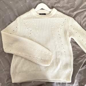Superfin stickad tröja, köpt från GinaTricot! Storlek XS men passar över S-M skulle jag säga. Frakt tillkommer! ✨