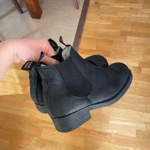Johnny Bulls skor, fodrade. Använda ca 5 gånger