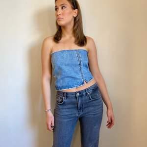Jeans topp med justerbar knytning i bak⭐️ handtvätt rekommenderas