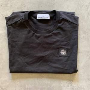 Vanlig t shirt i väldigt bra skick, för liten för mig