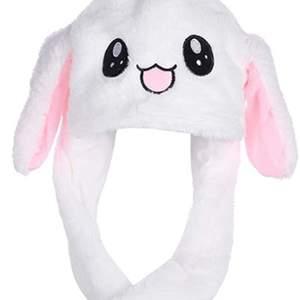 Säljer denna helt oanvända nya kanin hatt. Buda i kommentarerna. Startbud: 80kr