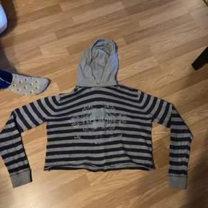 As Clean unik croptop hoodie i tunnt material