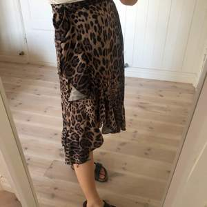 Leopardkjol från Chelsea. Superfint skick!