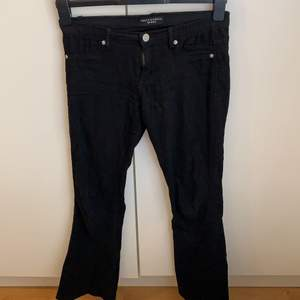 Bootcut jeans från Sally&circle. Bra skick, spårbar frakt: 66kr. Storlek 34