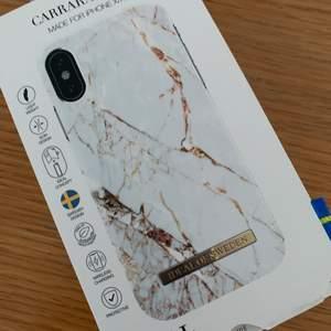 säljer min helt oanvända skal från ideal of Sweden i iPhone X/XS för 100kr, frakt tillkommer!