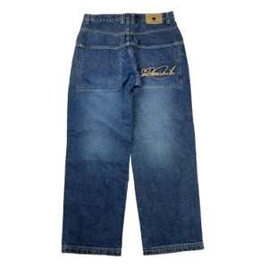 Vintage baggy jeans från 90-tals hiphop märket Sir Benni Miles