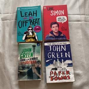 Säljer diverse ungdomsböcker, alla är på engelska förutom den i nedersta, vänstra hörnet! Säljer alla för 100kr ☺️
