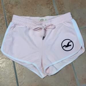 Ett par skit snygga Hollister shorts i storlek M