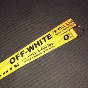 Bästa A:A Off White bälte. Helt ny och aldrig använd. Pris kan diskuteras
