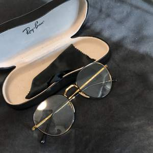 Rayban glasses, neutral lenses, little round shape. Shipping included