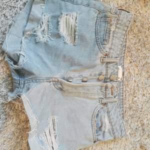 Superfina shorts från hm❤️ 40kr+frakt❤️