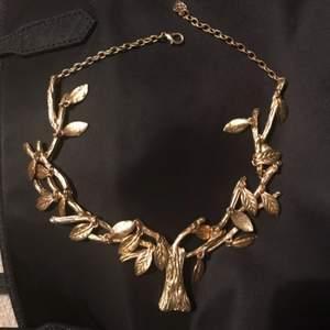 design and unique necklace