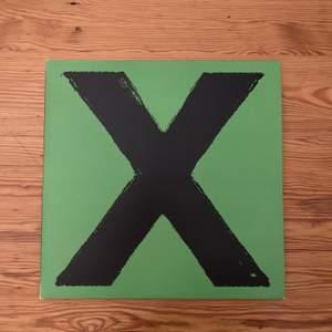 """Ed Sheerans album """"Multiply"""" på svart vinyl. Perfekt skick. Köparen betalar frakt."""