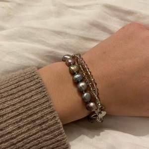 Fint armband jag hittat hos mormor! Oklart vilket märke:) frakt tillkommer