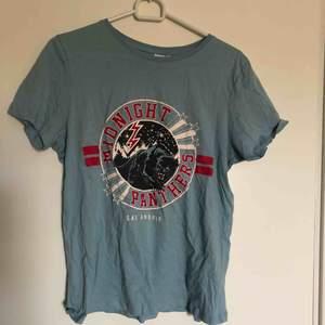 T-shirt från Gina Tricot. Aldrig använd. Köparen står för frakt:)