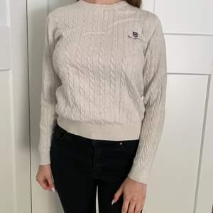 En fin Bondelid sweater som passar till allt. Stulit och bekväm i mycket bra skick.