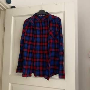 En fin och knappt använd skjorta