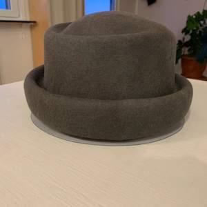 100% merino wool hat